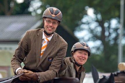 Steun Wereldtoppers Rudolf en Esther in enkelspan mennen op WK in PAU!